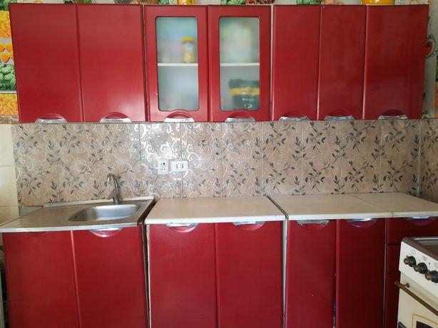 Кухонный мебель в отличном состоянии