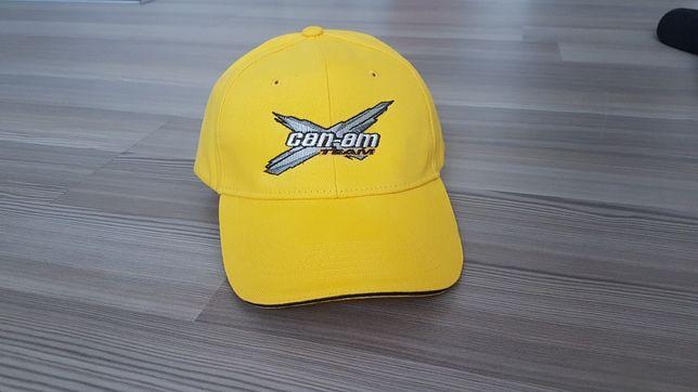 Bască cu brodaj CAN-AM culoare galben sau negru