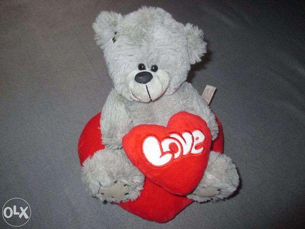 Ursulet de plus LOVE