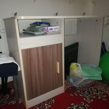 Продам стол для ученика. п. Федоровка