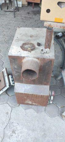 Продам печь 3 в 1 на газе угле и дровах.