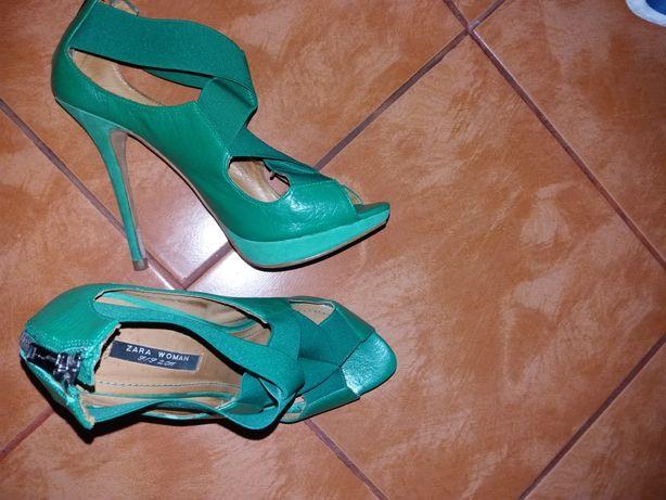 Vand sandale Zara marimea 38