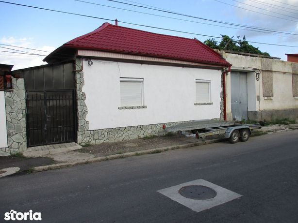 Vand Casa In Caransebes,Zona Rezidentiala,StrDacilor,Jud.Caras-Severin