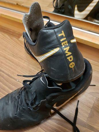 Продаю Бутсы Nike Tempo