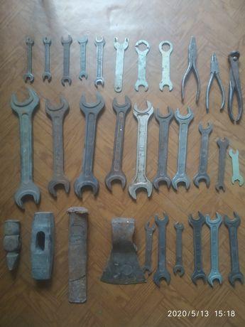 Набор Советских инструментов , дрель ручная, топор, молоток