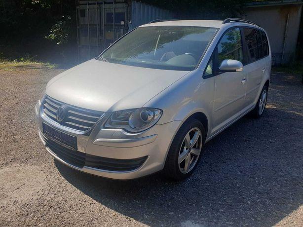 Dezmembrez VW Volkswagen Touran 1.9 TDI BLS an 2008, cutie 6+1 160k km