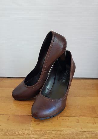 Кофяви обувки естествена кожа
