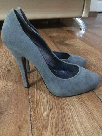 Пара обуви за 3000