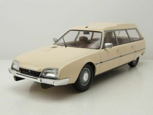 Macheta Citroen CX 2500D Super Break Serie I - 1976 - MCG - 1:18