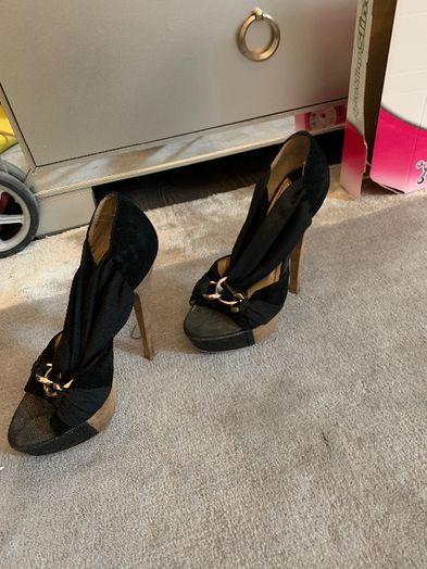 Pantofi, sandale, botine, cizme mărimea 35/36