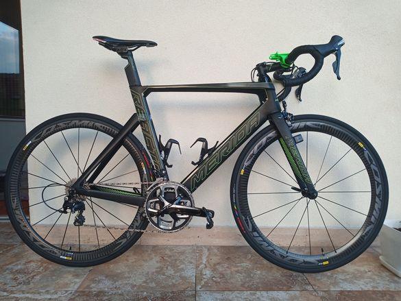 Карбонов шосеен велосипед MERIDA REACTO 4000