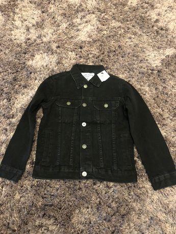 Jacheta jeans negru , Reserved . Noua , marimea 128