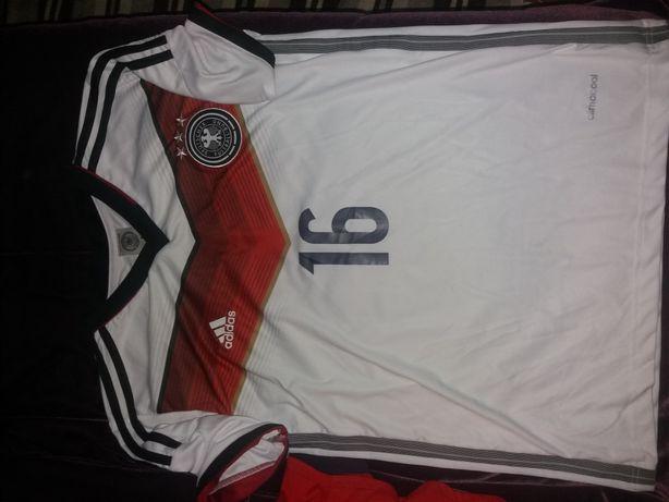 Tricouri fotbal Roma Nike XS ,mar M Lahm, England , Arsenal fular