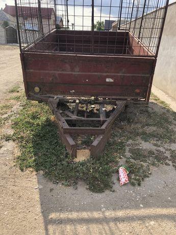 Remorca tractor de vanzare
