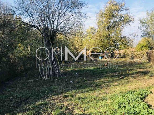 Парцел с. Малко Шарково  площ 1290 цена 3700