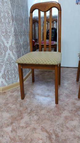 Деревяный стул