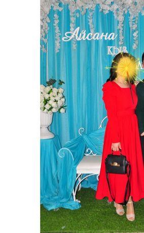 Продам платье за 6000 тг)