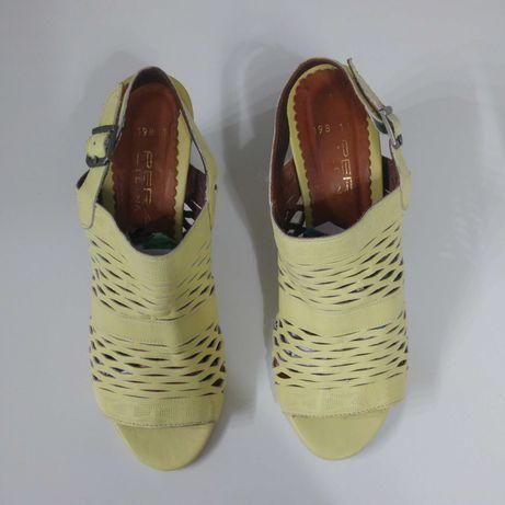 Дамски сандали размер 38