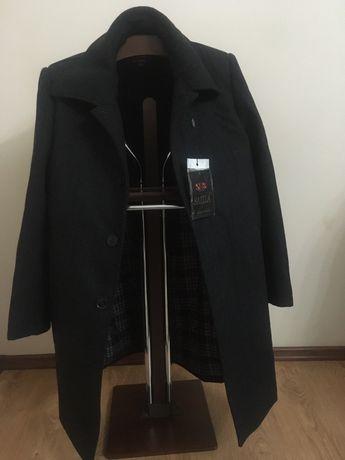 Пальто новый осень и зима