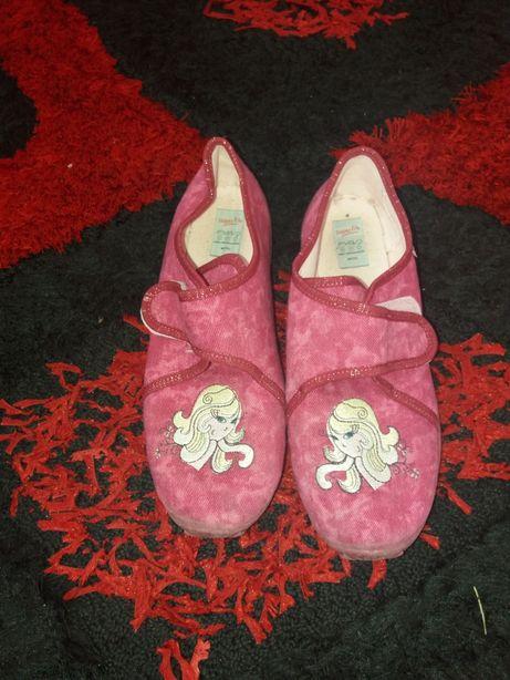 Papuci Superfit, 35 marimea