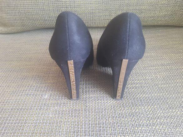 Елегантни обувки естествен велур номер 39