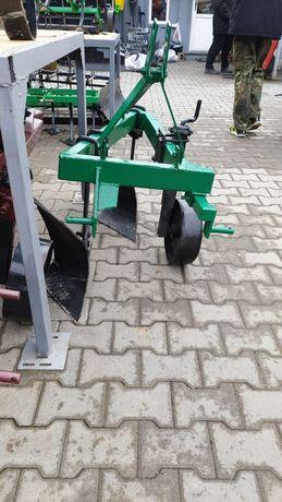 Plug cu 2 doua brazdare / trupite / cormane pt tractor / 25 CP UKRAIN