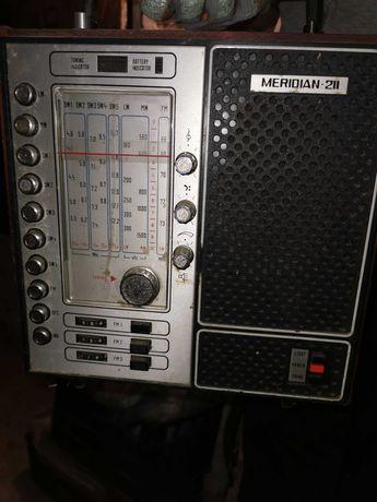 Старо радио 3бр.цената е обща