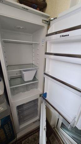 Холодильник встраевоемый