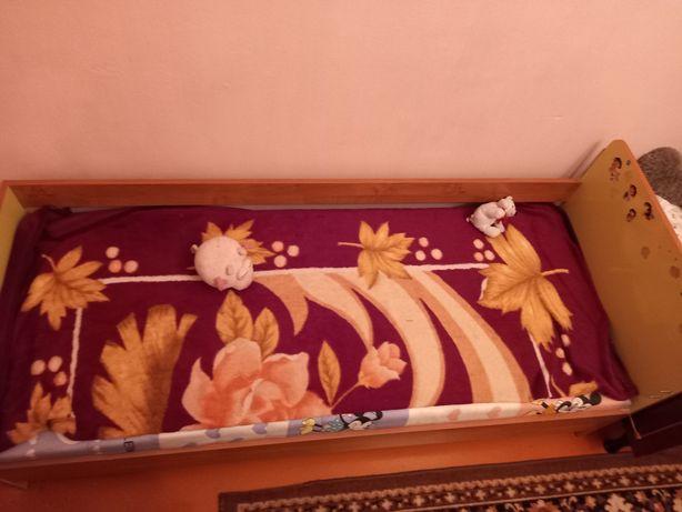 Детский шкаф и кровать