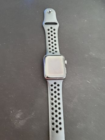 IApple watch series 3 nike