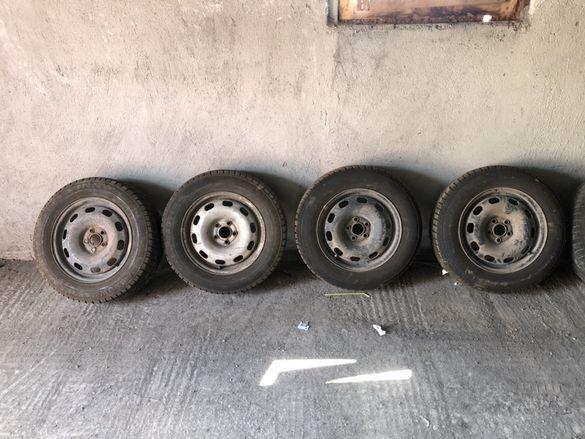 Зимни гуми с джанти 15ки, дот17