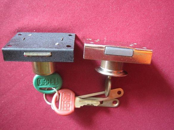 Две нови ключалки с ключета, 4.5 и 5 см