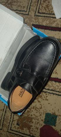 Продам туфли 29 размер были куплены в августе в хорошем состоянии