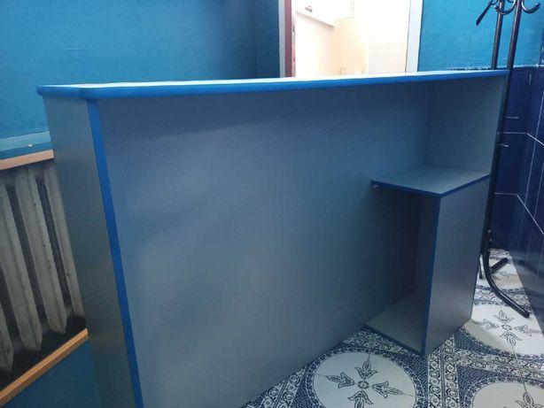 Продам стол для секретаря (reception)