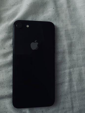 Vand Iphone 8 64 GB