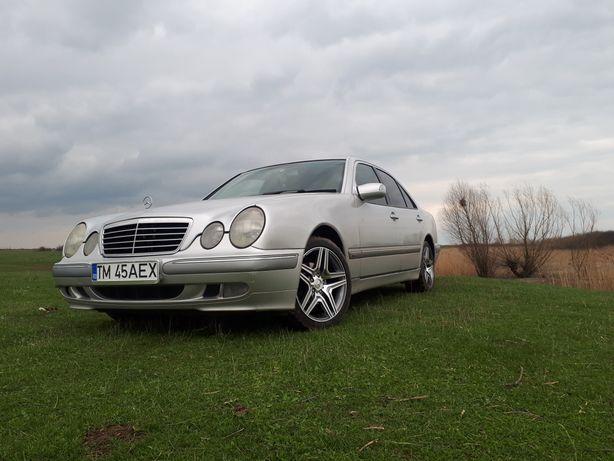 Vand / schimb Mercedes E-Class w210