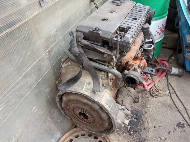 Motor atego 815