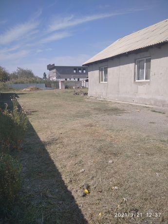 Продам дом.  Поселок жаналык. Талгарскии район.  Дом уютный 10-соток.