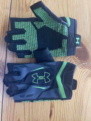 Спортивные перчатки Under armor, M