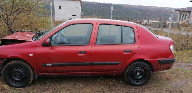 Dezmembrez Renault clio 1.5 dci. 60kw, 80 cai, 150000 km schimb cu atv