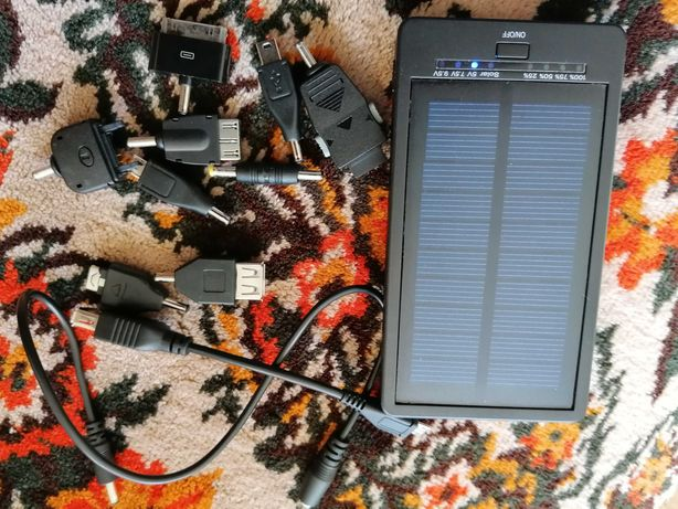 Încărcător solar