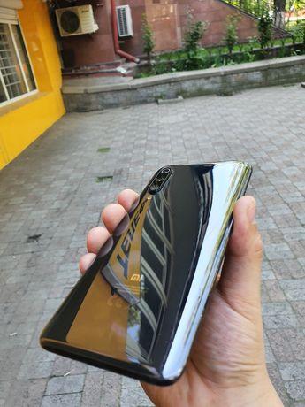 Телефон Xiomi Mi 9 64gb/Озу/6gb Реал Акша