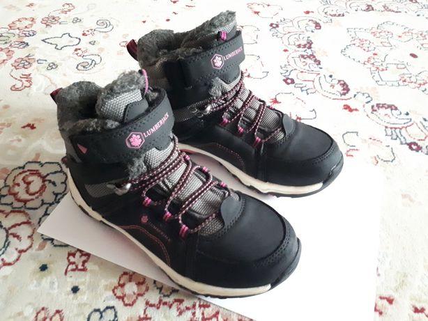 Зимняя обувь на девочку: Дутышы, кроссовки, сапоги, валенки