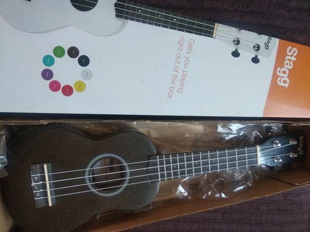 Продам укулеле или обменяю на гитару