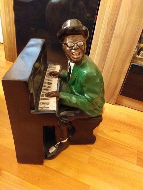 Statueta pianist