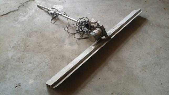 Rigla vibranta bidirectionala vibrator beton Dynapac