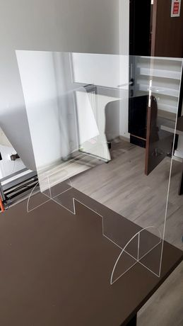 Panou plexiglas diferite forme si dimensiuni/ Geam protectie plexi