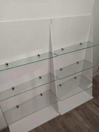 Стелажи от ПДЧ с три стъклени рафта