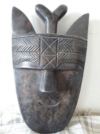 Коллекция масок Африки