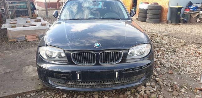 Dezmembrez BMW seria 1 an 2009
